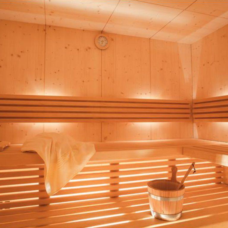 Sauna, bagno turco e doccia emozionale Regent's Hotel